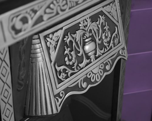 Traditional cast iron fireplaces and Victorian fireplaces